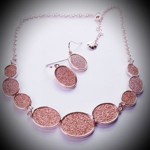 Necklace & Earring 3pc set